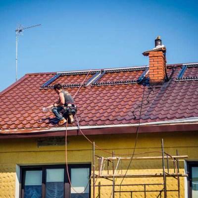 dach z blachodachówki malowana natryskowo