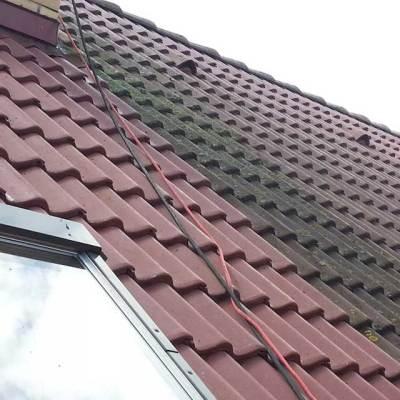 czyszczenie dachów z mchu i zabrudzeń organicznych